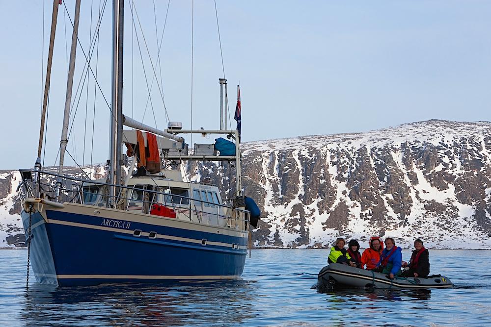 Wild Focus group in zodiac approaching Arctica II