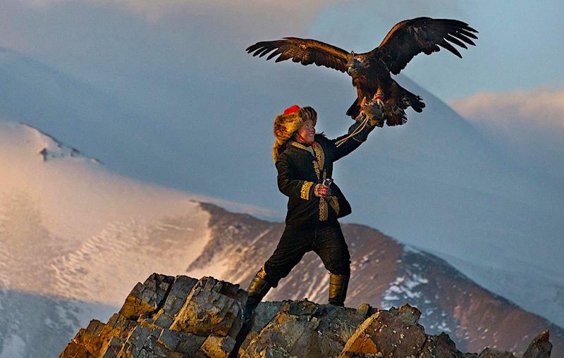 01_eagle_huntress.ngsversion.1470342643555.adapt.1900.1