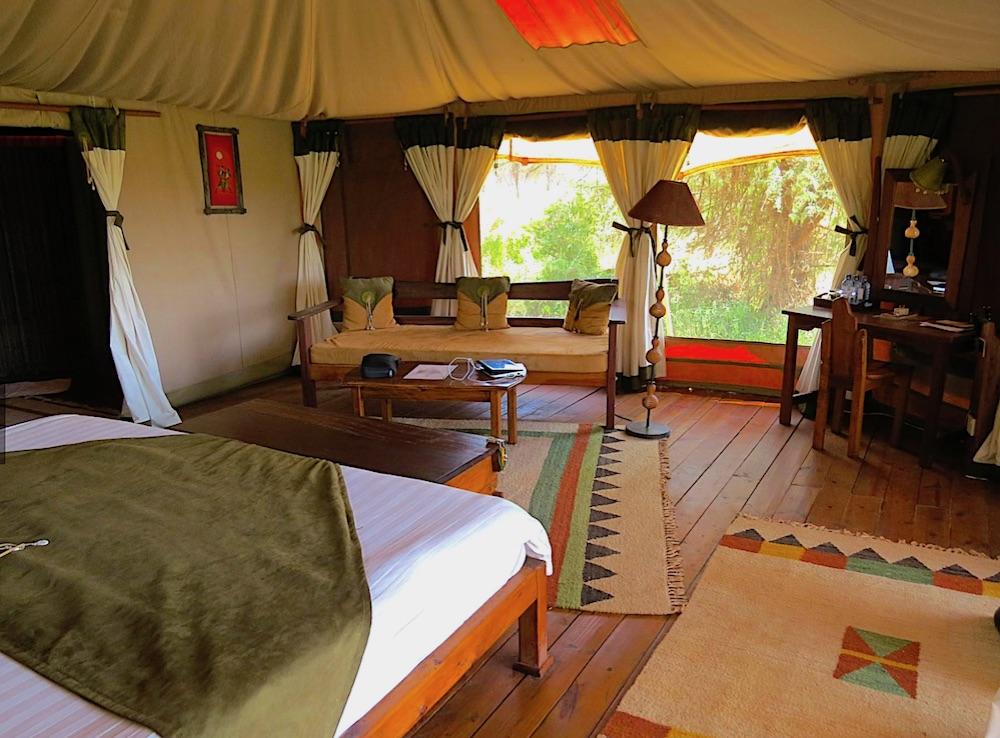 Ele bedroom 2